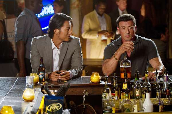 Du Plomb dans la Tete: BULLET TO THE HEAD, from left: Sung Kang, Sylvester Stallone, 2013. ph: Frank Masi/©Warner Bros. Pictures/Courtesy Everett Collection