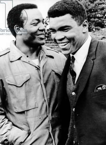 THE DIRTY DOZEN, Jim Brown and Muhammad Ali on the set, 1967