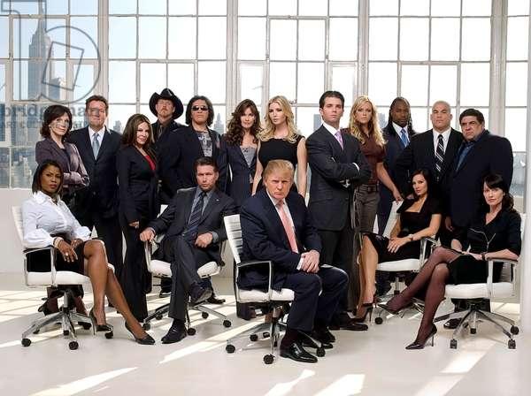 THE CELEBRITY APPRENTICE, (bottom row l-r) Omorosa, S. Baldwin, D. Trump, Tiffany Fallon, Nadia Comaneci, (back row l-r) M.Henner, Piers Morgan, Nelly Galan, Trace Adkins, Gene Simmons, Carol Alt, I. Trump, D. Trump, Jr., Jennie Finch, Lennox Lewis, Tito Ortiz, V.Pastore, (Season 7), 2004-,. Photo: Justin Stephens / © NBC / courtesy everett collection