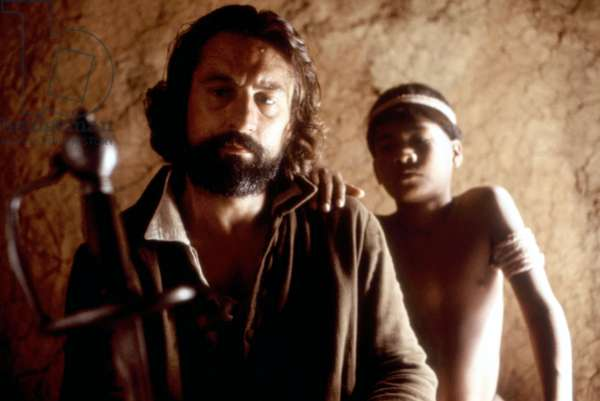 THE MISSION, Robert De Niro, 1986. ©Warner Bros./courtesy Everett Collection