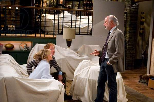 THE CLASS, Andrea Anders, Jesse Tyler Ferguson, Director James Burrows on set, (Season 1), 2006-07. © Warner Bros. Television / Courtesy: Everett Collection