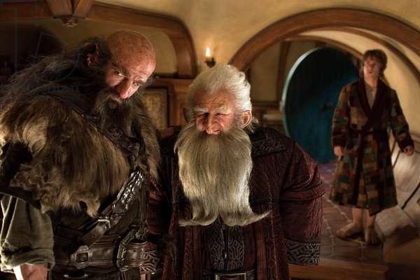 Le Hobbit: Le Voyage Inattendu: THE HOBBIT: AN UNEXPECTED JOURNEY, l-r: Graham McTavish, Ken Stott, Martin Freeman, 2012, ph: James Fisher/©Warner Bros. Pictures/courtesy Everett Collection