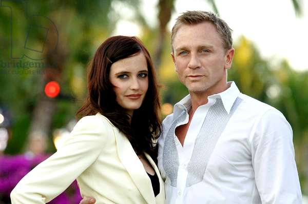 CASINO ROYALE, Eva Green, Daniel Craig, 2006, (c) Sony Pictures/courtesy Everett Collection