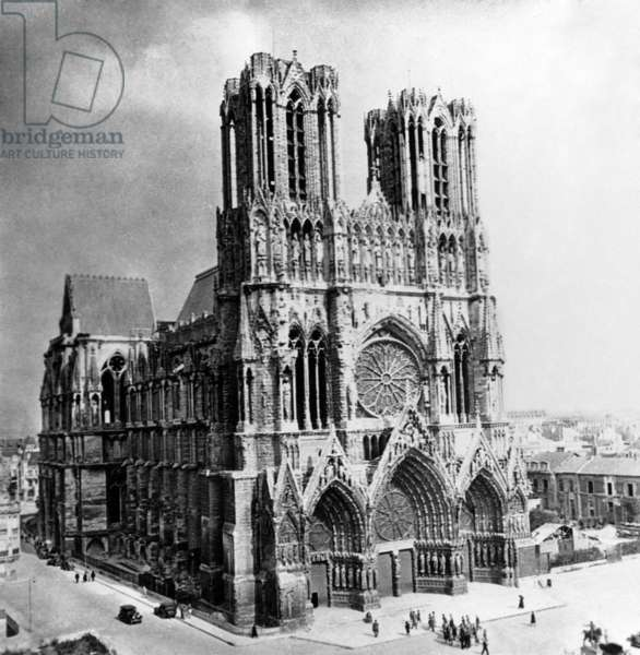 The Cathedral of Reims, Champagne, France, 1926. Courtesy Jerry Tavin/Everett Collection