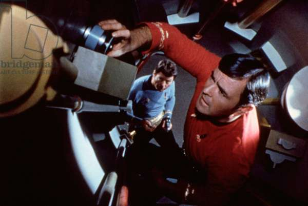 STAR TREK, DeForest Kelley (bottom), James Doohan, 1966-69