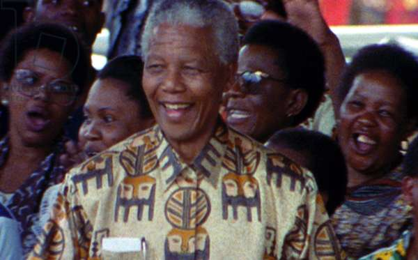 AMANDLA! A REVOLUTION IN FOUR PART HARMONY, Nelson Mandela at 1994 Election Celebration in Soweto, 2002 ©Artisan Entertainment/courtesy Everett Collecion