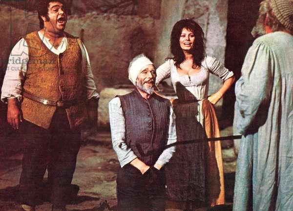 MAN OF LA MANCHA, James Coco, Peter O'Toole, Sophia Loren, 1972