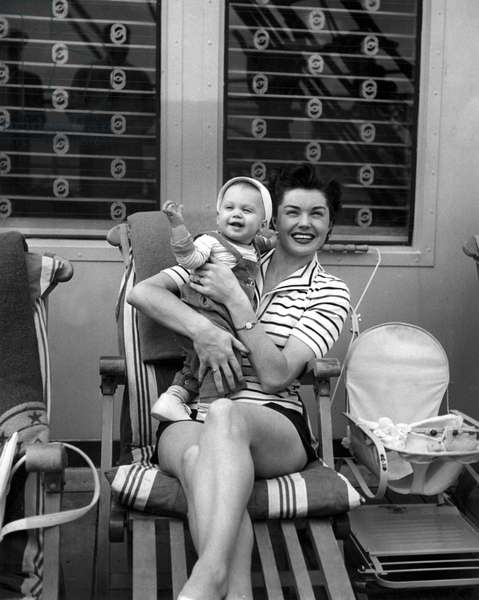 Esther Williams 1950 At home with Son Benjie