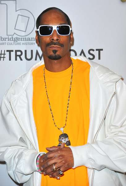 Snoop Dogg at arrivals for Comedy Central Roast of Donald Trump, Hammerstein Ballroom, New York, NY March 9, 2011. Photo By: Gregorio T. Binuya/Everett Collection