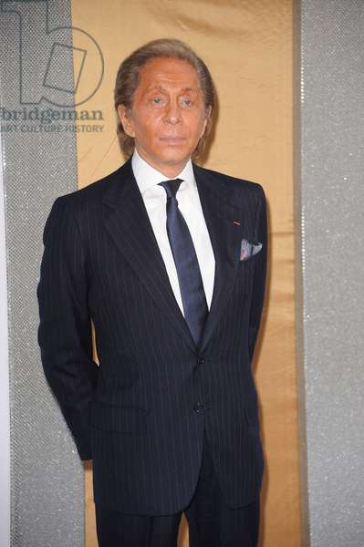 Valentino at arrivals for Sex And The City 2 Movie Premiere, Radio City Music Hall, New York, NY May 24, 2010. Photo By: Kristin Callahan/Everett Collection