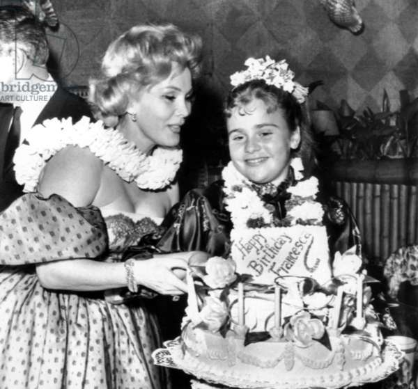 Zsa Zsa Gabor, with her daughter, Francesca Hilton (right), April 2, 1959