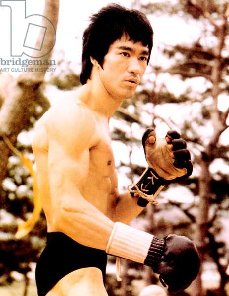 BRUCE LEE, ready for action, c. early 1970s