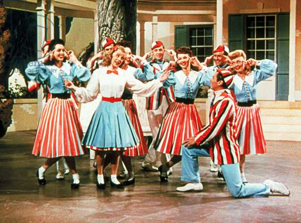 TILL THE CLOUDS ROLL BY, June Allyson (center), Ray McDonald (kneeling), 1946