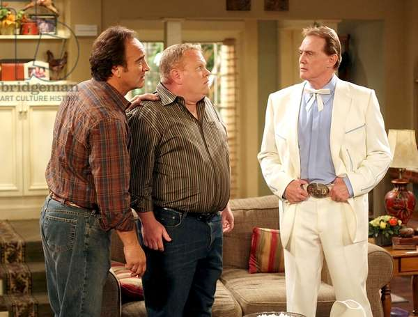 ACCORDING TO JIM, Jim Belushi, Larry joe Campbell, Lee Majors, 'Jim Almighty', (Season 7, aired January 1, 2008), 2001-,. Photo: Michael Ansell / © ABC / courtesy everett collection
