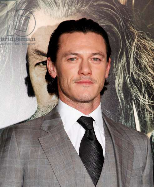 Luke Evans at arrivals for THE HOBBIT: THE DESOLATION OF SMAUG Premiere, Dolby Theater, Los Angeles, CA December 2, 2013. Photo By: Emiley Schweich/Everett Collection