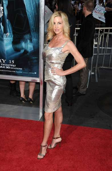 Camille Grammer at arrivals for HARRY POTTER AND THE HALF-BLOOD PRINCE Premiere, The Ziegfeld Theatre, New York, NY July 9, 2009. Photo By: Rob Rich/Everett Collection
