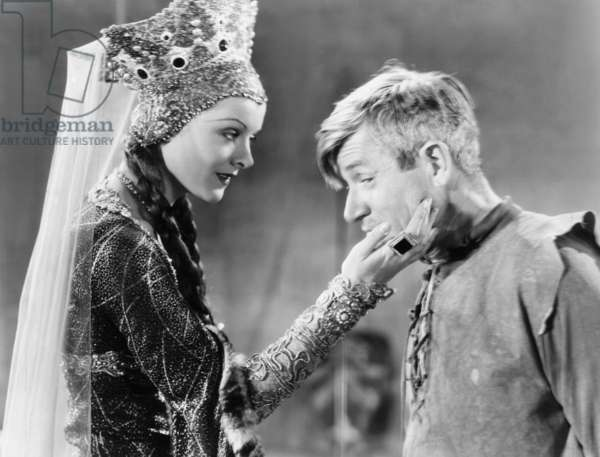 A CONNECTICUT YANKEE, from left, Myrna Loy, Will Rogers, 1931, TM & copyright ©20th Century Fox Film Corp. All rights reserved/courtesy Everett Collection