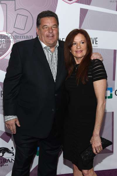 Steve Schirripa, Laura Schirripa: Steve Schirripa, Laura Schirripa at arrivals for Keep Memory Alive 20th Annual Power of Love Gala, MGM Grand Garden Arena, Las Vegas, NV May 21, 2016. Photo By: James Atoa/Everett Collection