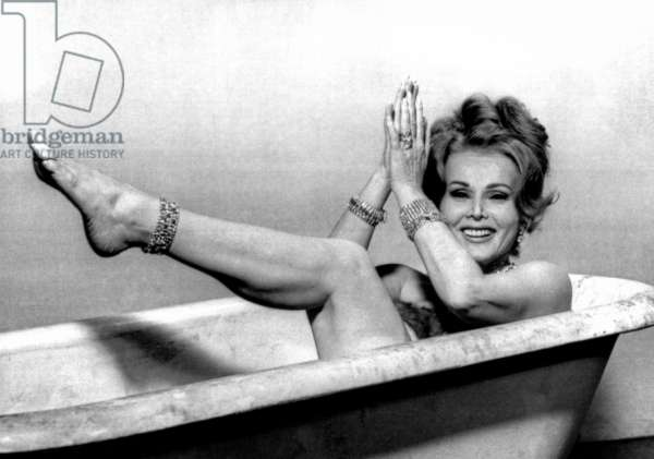 Zsa Zsa Gabor: PICTURE MOMMY DEAD, Zsa Zsa Gabor, on-set, 1966