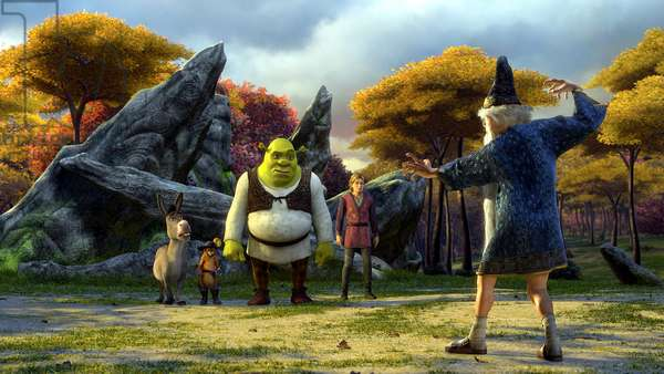 SHREK THE THIRD, (aka SHREK 3), Donkey (voice: Eddie Murphy), Puss in Boots (voice: Antonio Banderas), Shrek (voice: Mike Myers), Artie (voice: Justin Timberlake), Merlin (voice: Eric Idle), 2007. ©Paramount/courtesy Everett Collection
