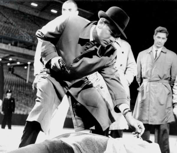 EXPERIMENT IN TERROR, Glenn Ford, 1962