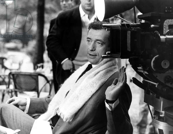 GOODBYE AGAIN, Yves Montand on the set, 1961