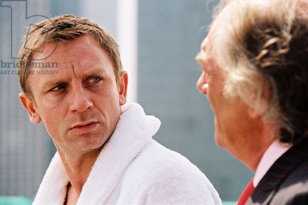LAYER CAKE, Daniel Craig, Michael Gambon, 2004, (c) Sony Pictures Classics/courtesy Everett Collection