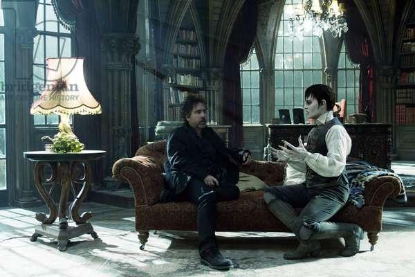 Dark Shadows: DARK SHADOWS, from left: director Tim Burton, Johnny Depp on set, 2012, Ph: Peter Mountain, © Warner Brothers/courtesy Everett Collection