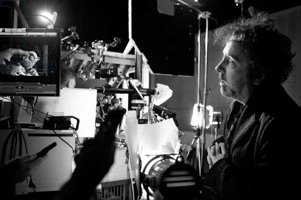 Frankenweenie: FRANKENWEENIE, director Tim Burton, on set, 2012. Ph: Leah Gallo/©Walt Disney Pictures/courtesy Everett Collection