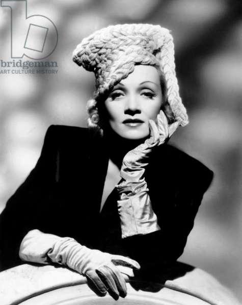 PITTSBURGH, Marlene Dietrich, 1942: PITTSBURGH, Marlene Dietrich, 1942