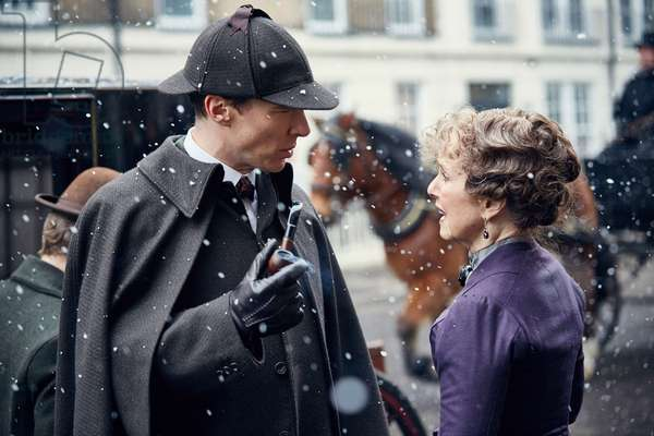 SHERLOCK: THE ABOMINABLE BRIDE, (from left): Benedict Cumberbatch, Una Stubbs, (aired Jan. 1, 2016). photo: Robert Viglasky / ©BBC/Hartswood Films / Courtesy: Everett Collection