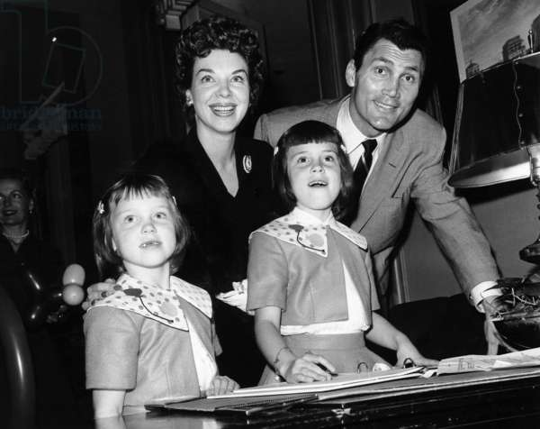 Jack Palance and wife Virginia Baker with their daughters Brooke and Holly, 1958