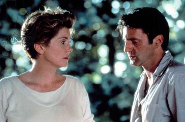 MY FAVORITE SEASON, (aka MA SAISON PREFEREE), Catherine Deneuve, Daniel Auteuil, 1993