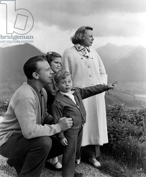 DICK POWELL, PAMELA POWELL, DICK POWELL, JR., and JUNE ALLYSON on-location for INTERLUDE, 1956