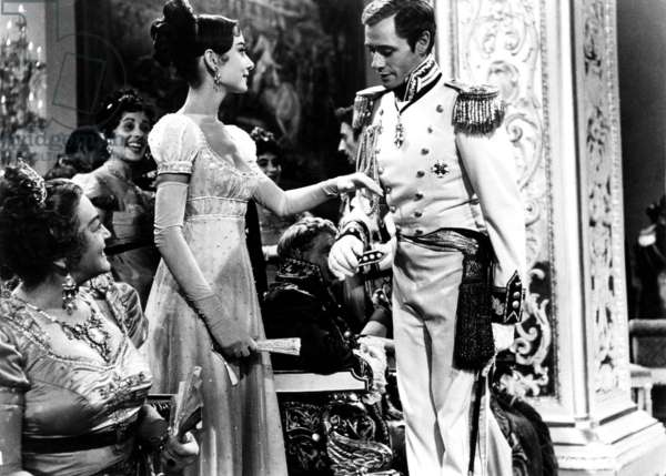 WAR AND PEACE, Audrey Hepburn, Mel Ferrer, 1956