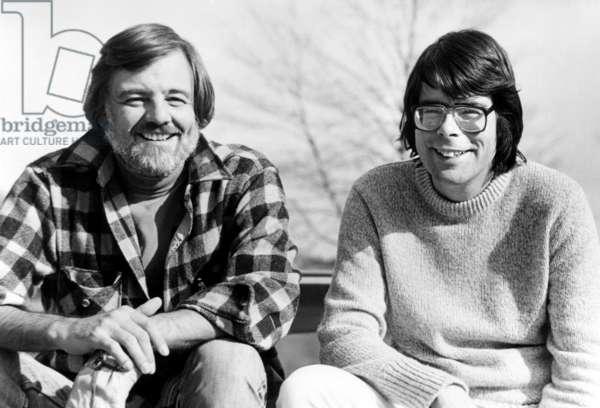 CREEPSHOW, director George Romero, writer Stephen King on set, 1982, (c) Warner Brothers/courtesy Everett Collection