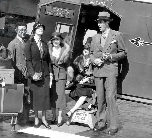 From left: John Lawrence with wife Elissa Landi, Mary Pickford, Countess Di Frasso, Gary Cooper at U