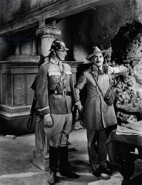 La Soupe au Canard: DUCK SOUP, Groucho Marx (right), 1933