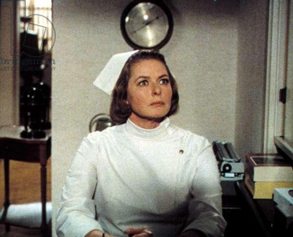 Ingrid Bergman as Stephanie Dickinson in CACTUS FLOWER, 1969