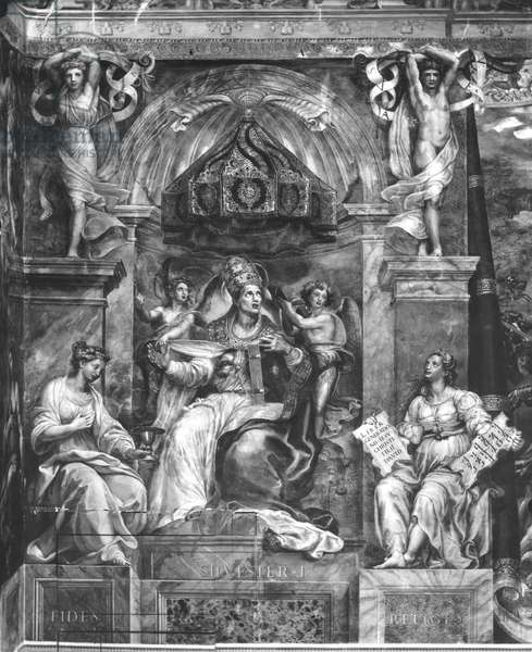 Pope Sylvester I (314-335) between Faith and Religion, Raphael Rooms (fresco) (b/w photo) (see also 252793 and 252794)