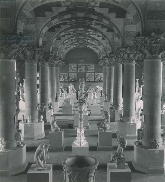 Memories of my trip to Paris 1900: the Hall of Casts at the Louvre (b/w photo)