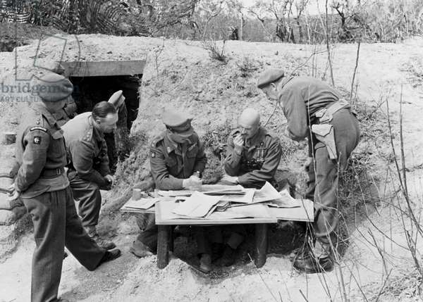 The Battle of Cassino: (from left) Lieutenant Colonel Hodgson, Brigadier Thirth, General Keightley, General Anders, and an official interpreter, April 1944 (b/w photo)
