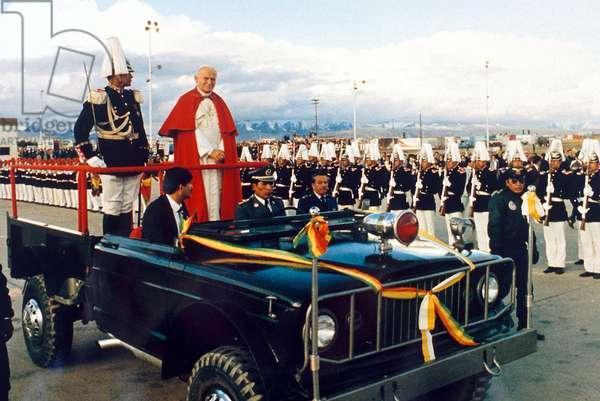 Pope John Paul II arriving in Bolivia, May 1988