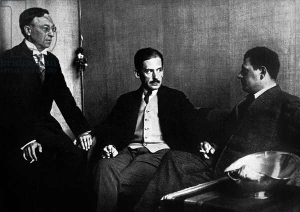 Kandinsky, Gropius and Oud, 1923 (b/w photo)