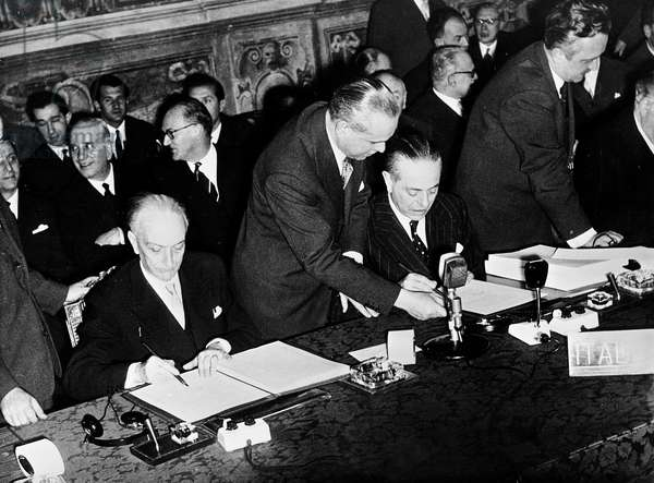 Antonio Segni and Gaetano Martino signing the Treaties of Rome, establishing the European Economic Council (EEC) and the European Atomic Energy Community (Euratom) Rome, 25th March 1957 (b/w photo)