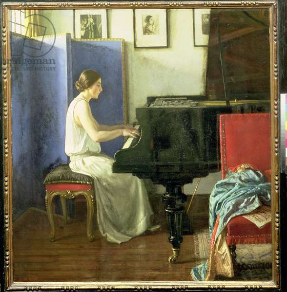 Lady at the piano - Miss Ethel Bartlett