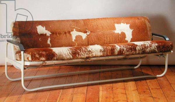 Convertible Sofa, manufactured by Wohnbedarf, designed 1930 (painted tubular steel, original mule skin upholstery, string fastening and sprung steel base)