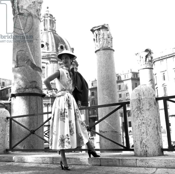 Fashion: Irene Galitzine Spring/Summer collection at the Imperial Forum, Rome, Italy, 1952 (b/w photo)