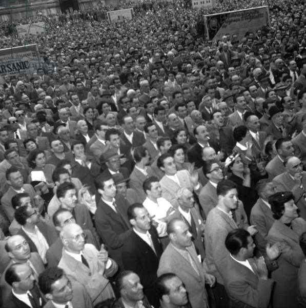 Bologna, 1953. Political elections of 1953, crowd for the rally of Achille Lauro of the Monarchical Party in Piazza Grande