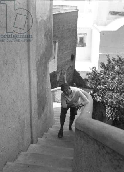 Positano, 1955. Silvana Pampanini through the alleys of the coastal village